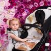 Kinderwagensitzauflage grau mit goldenen Details