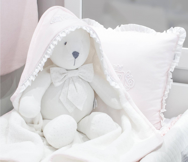 Rosa königliches Monogramm-Baby-Badekap