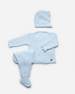 Babyanzug mit blauen Knöpfen