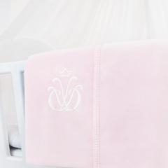 Monogrammierte Decke rosa Samt